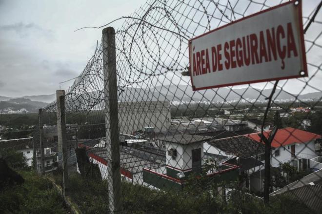 Quase dois mil presos terão direito a saídas temporárias em SC