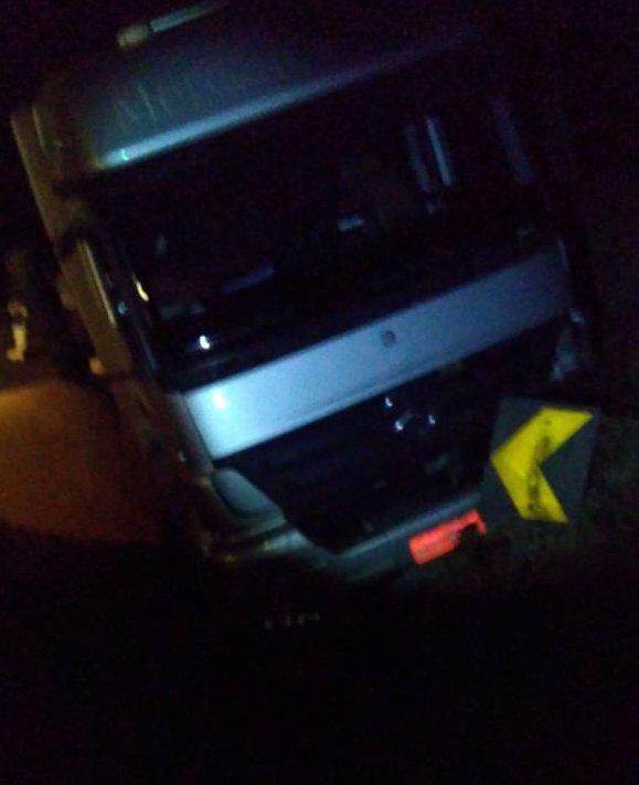 Motorista sofre ferimentos graves durante colisão na BR-163