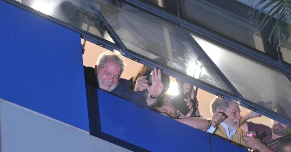 Lula ficará até este sábado no Sindicato dos Metalúrgicos no ABC, diz senador