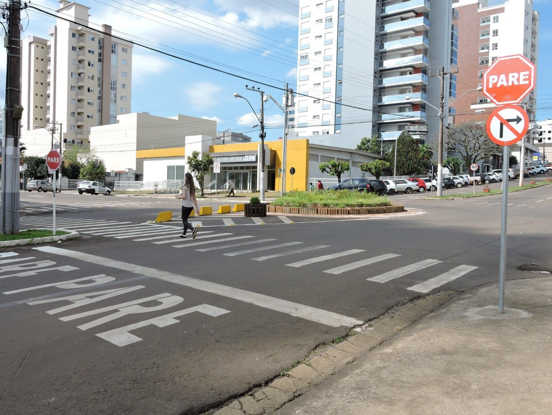 Rotatórias da Rua XV de Novembro serão removidas