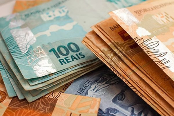 Segundo Dieese, salário mínimo deveria ser superior à R$ 4 mil