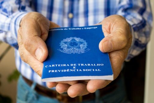 Brasil soma 3,6 milhões de pedidos de seguro-desemprego em 2020
