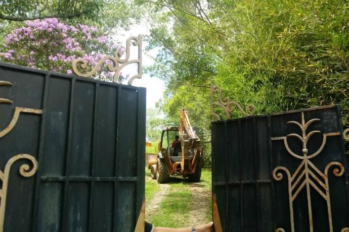 Polícia escava terreno de templo macabro em Gravataí