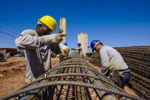 Construção civil ainda enfrenta dificuldades para encontrar materiais