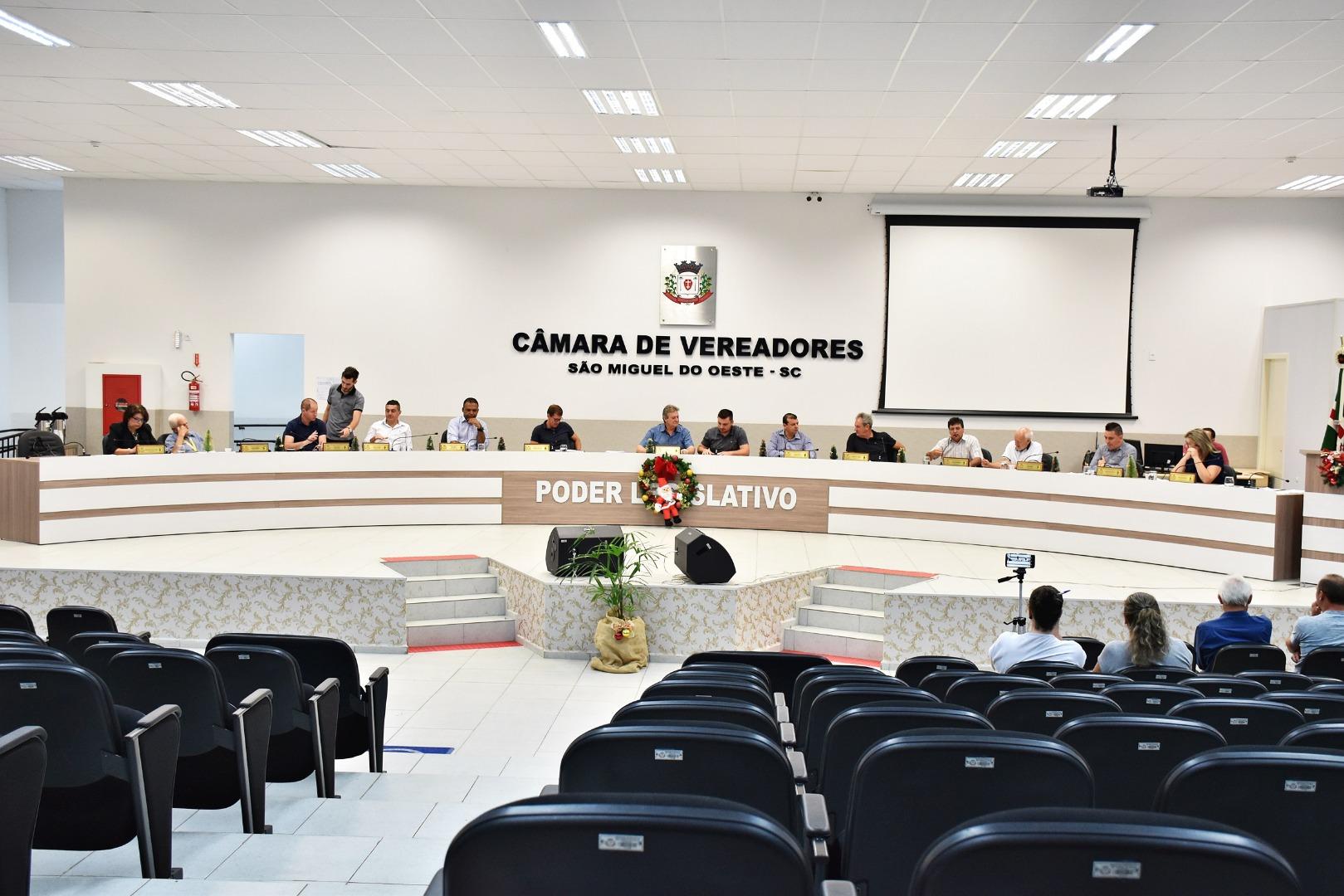 Vereadores aprovam leis orçamentárias de São Miguel do Oeste para 2019