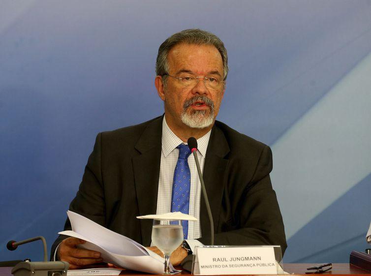 Jungmann diz que mensagens sobre nova greve de caminhoneiros são falsas