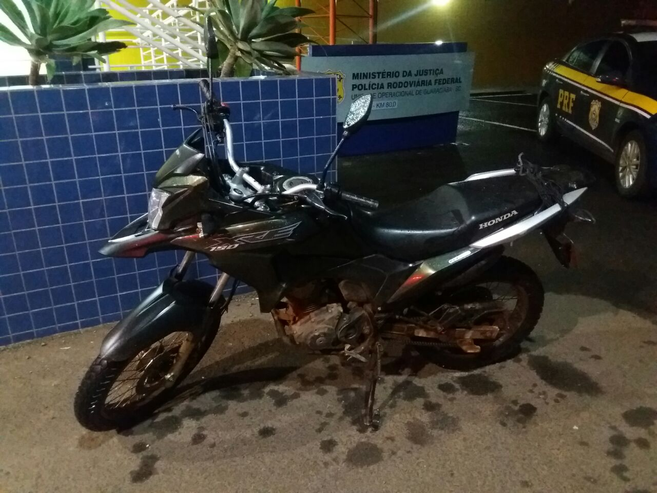 Colisão entre carro e moto deixa duas pessoas feridas na BR 163 em Guaraciaba