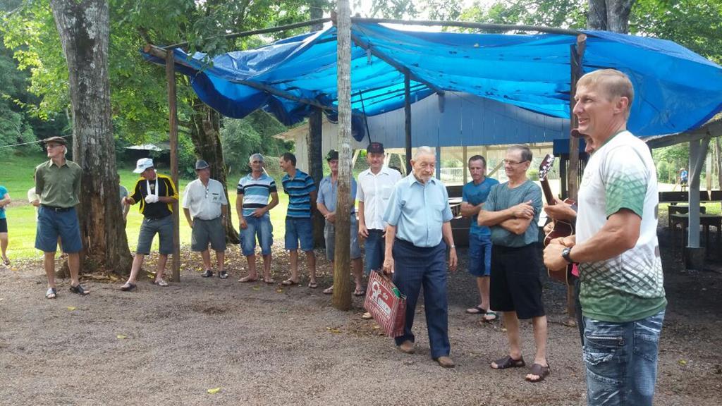 Pique nique comunitário é realizado há 40 anos no interior de Itapiranga