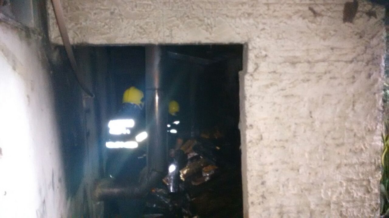Incêndio atinge instalações de frigorífico no interior de São João do Oeste
