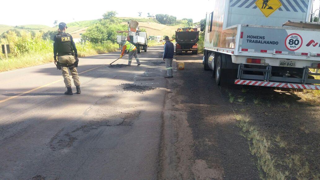 Realizados reparos emergenciais na BR-163 entre São Miguel e Dionísio