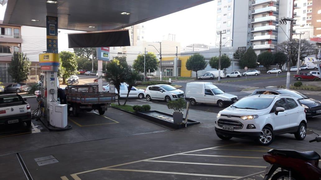 Greve de caminhoneiros provoca desabastecimento em postos de São Miguel do Oeste