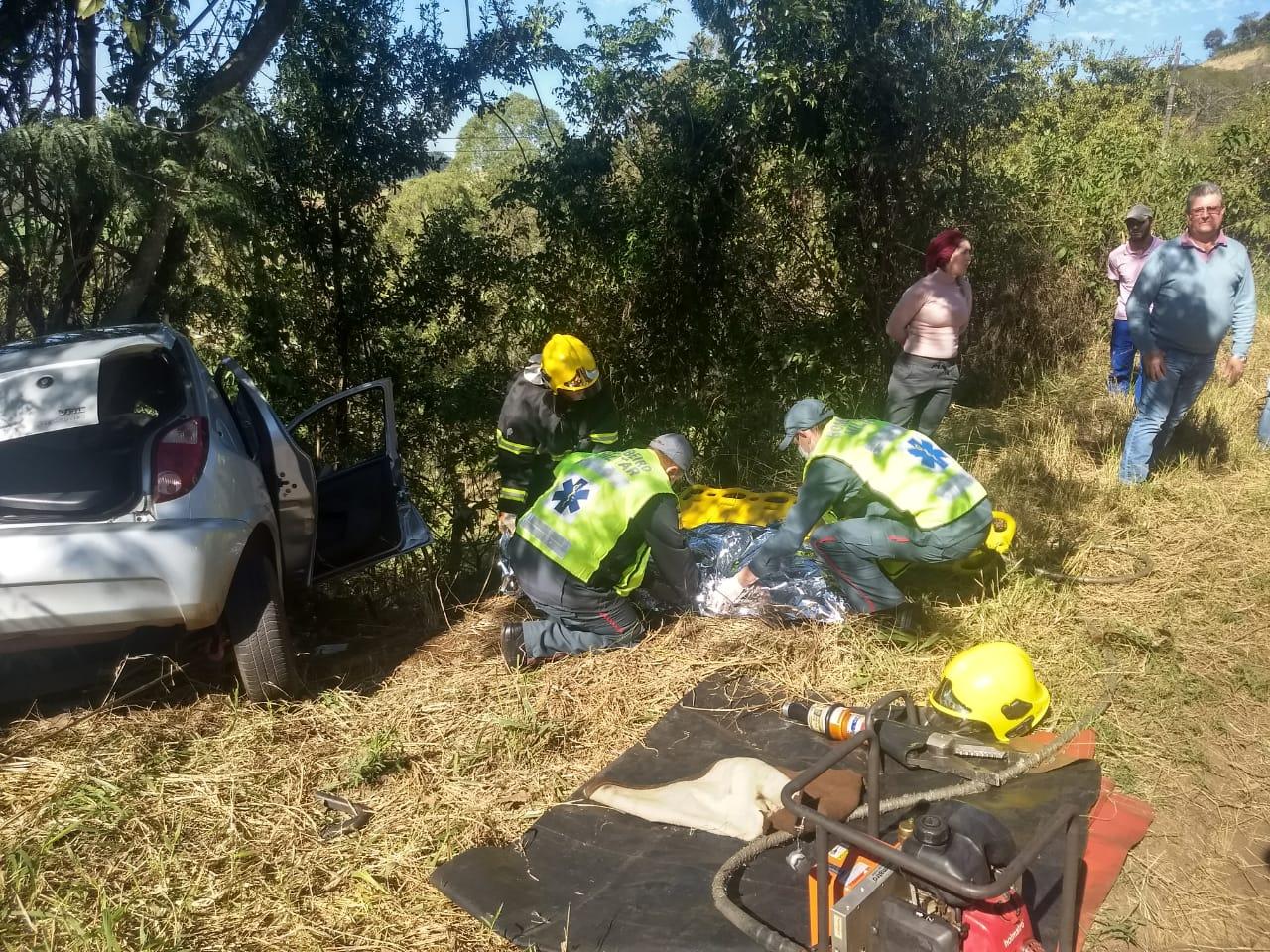 Motorista morre em saída de pista na Br 163