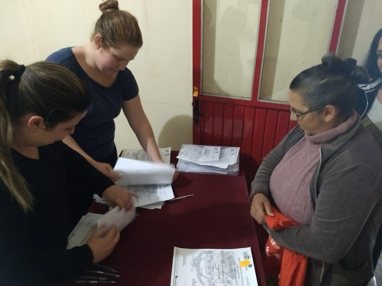 Entrega de alimentos do PAA beneficia famílias de baixa renda em São José do Cedro