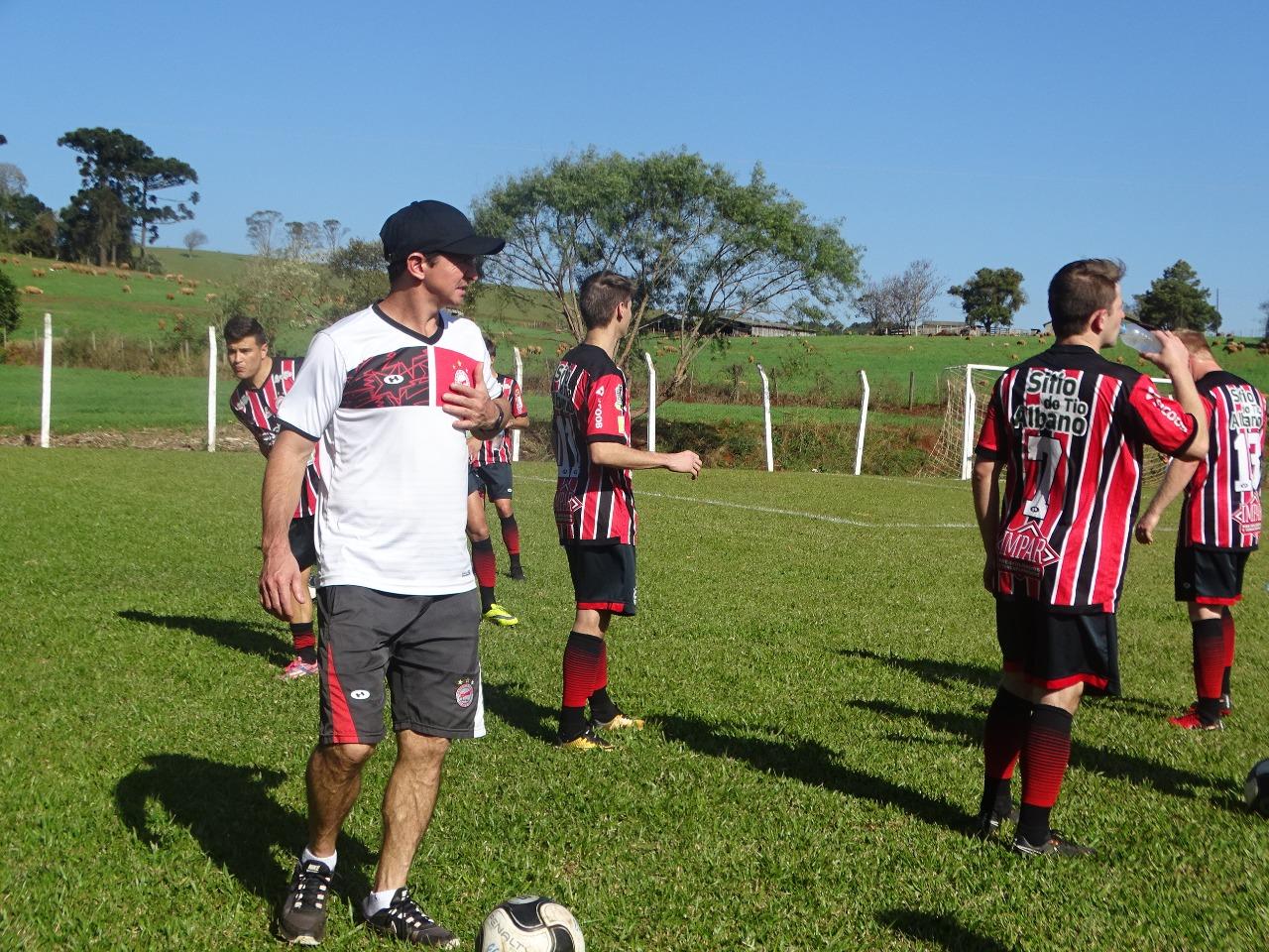 Cometa bate o Dionisio Futebol Clube e se mantem lider do grupo D