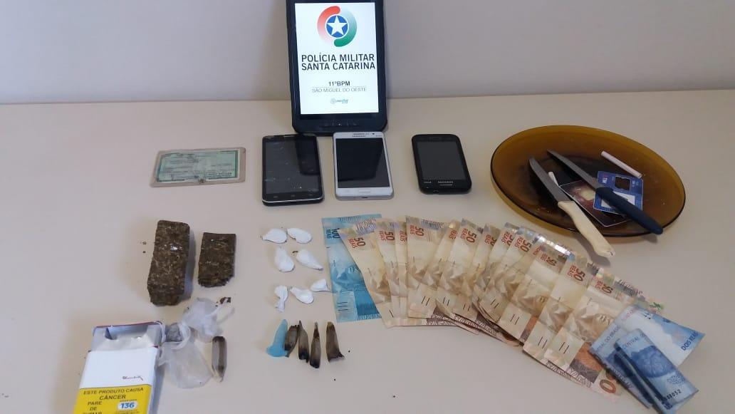 Polícia Militar fecha ponto de tráfico de drogas em Maravilha