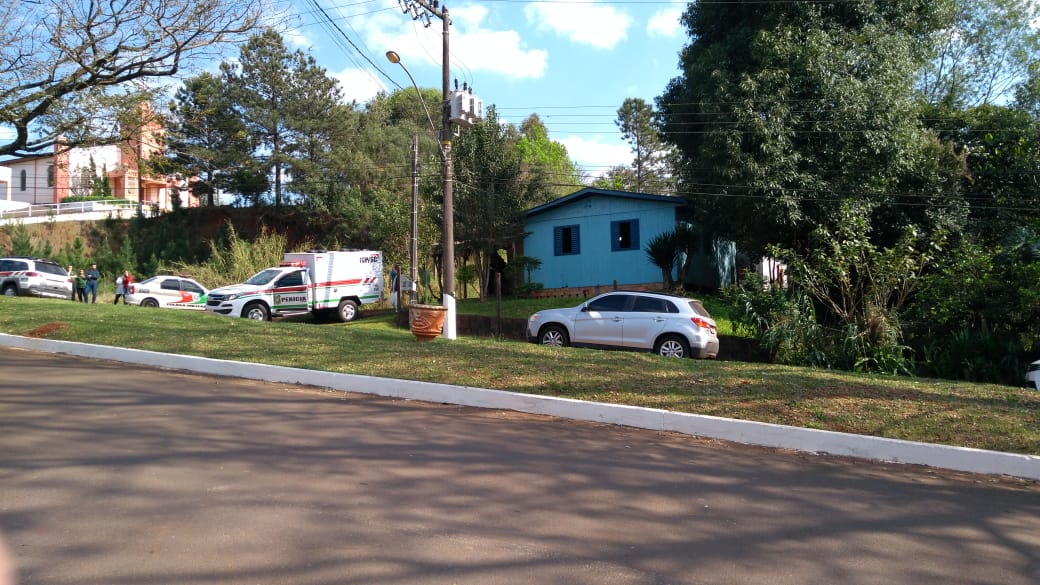 Funcionário público é encontrado morto em casa