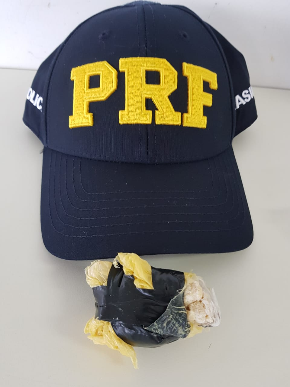 PRF prende homem com Crack na BR-163 em Guaraciaba
