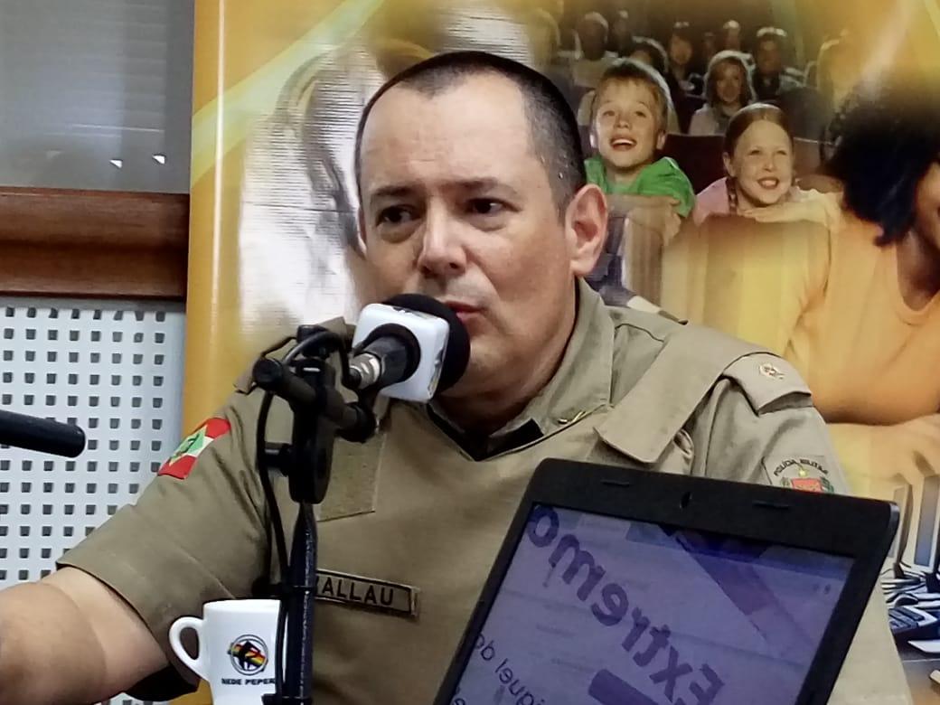 Cerca de 350 policiais estão atuando nos municípios da região neste domingo