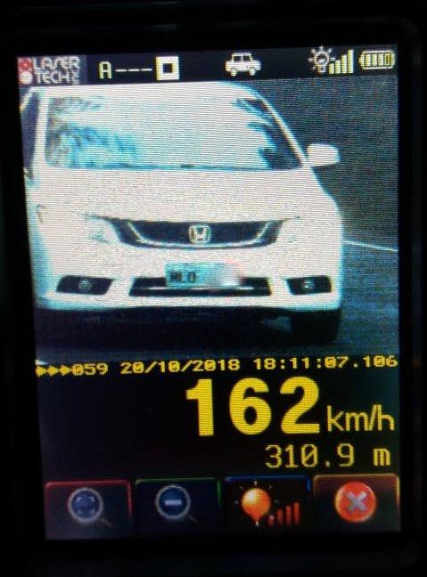 Veículo de São Miguel do Oeste é flagrado à 162 km/h na BR-282