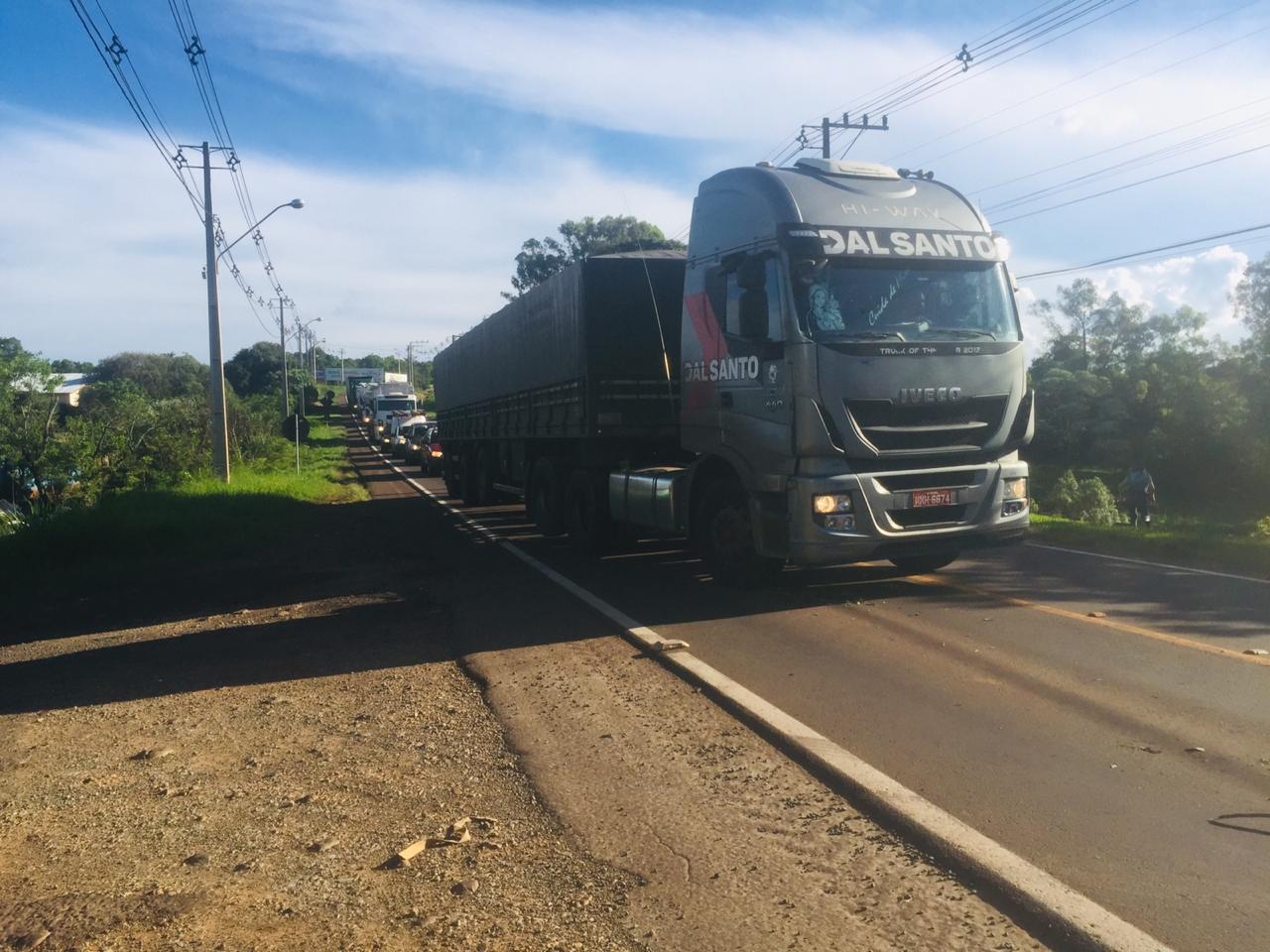 Colisão lateral deixa motociclista ferida em São Miguel do Oeste