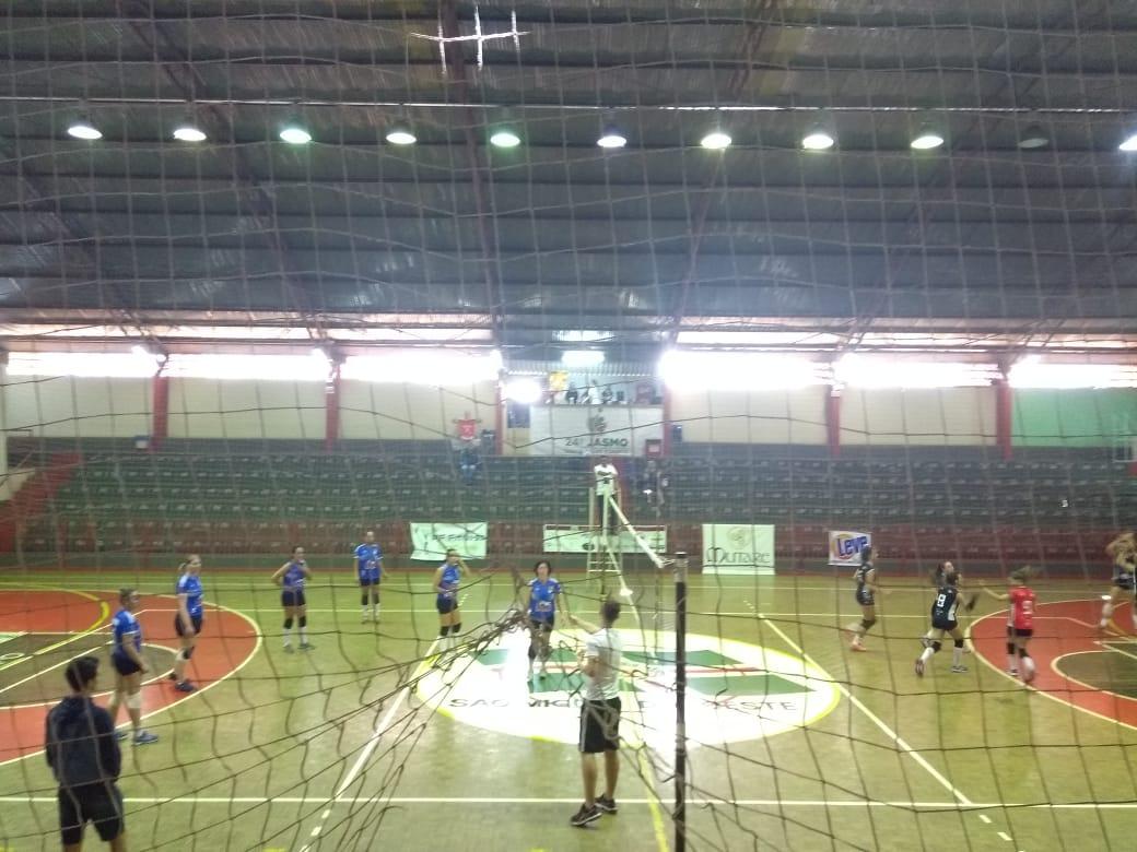 AVSMO realiza 1º Copa de Voleibol Feminino de SMOeste