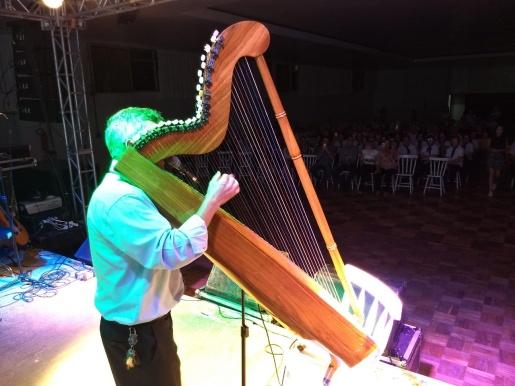 Gaúcho Alegre da Harpa Paraguia é atração na 2ª noite cultural