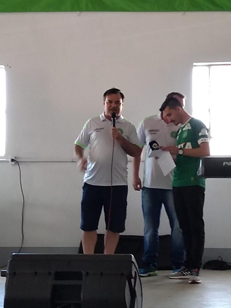 Consulado da Chapecoense realiza segunda edição do costelão