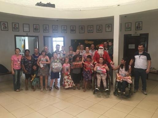 Scherer Autopeças realiza entrega de doações para Apae de São Miguel do Oeste
