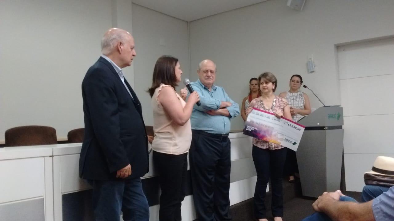 APAE Viviane de São José do Cedro recebe recursos do BRDE