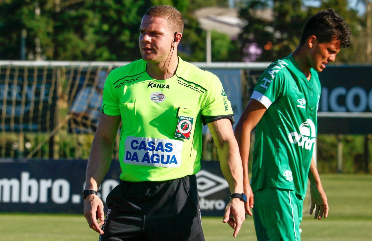 Árbitro campoerense vai atuar no Campeonato Catarinense