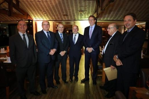 Parlamentares e empresários de SC querem compensação por apoio à reforma da previdência