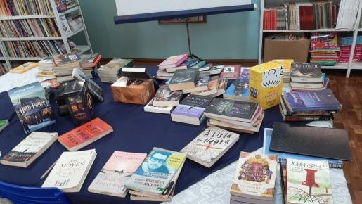 Investimentos em novos livros chegam próximo dos R$ 20 mil em escola de SMOeste