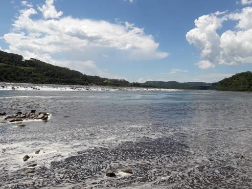 Menina é salva de afogamento no Rio Uruguai em Itapiranga