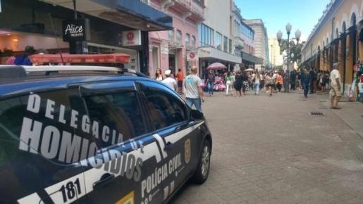 Ladrão é morto por comparsa durante assalto em Florianópolis
