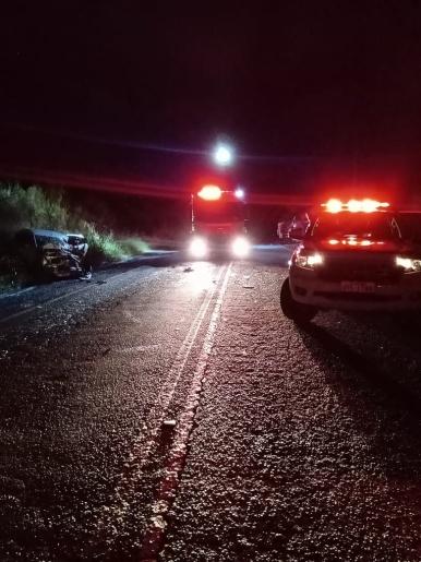 Homem morre em colisão frontal entre carro e caminhão na SC 163