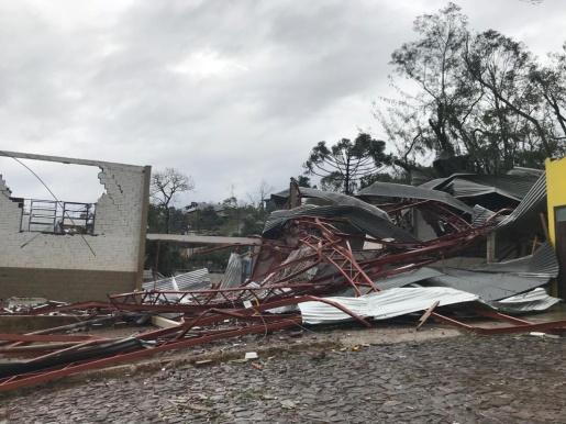 Conforme Coutinho, Descanso e Belmonte foram atingidos por um tornado F1