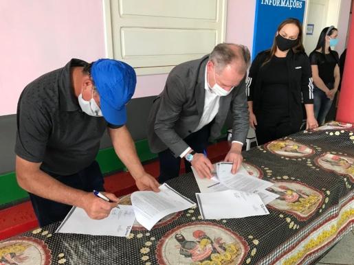 Assinado contrato para ampliação da creche do Santa Rita