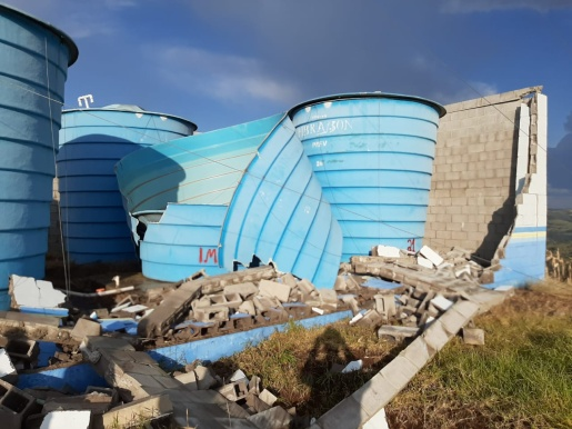 Ventos fortes causam estragos em reservação de água em SJCedro