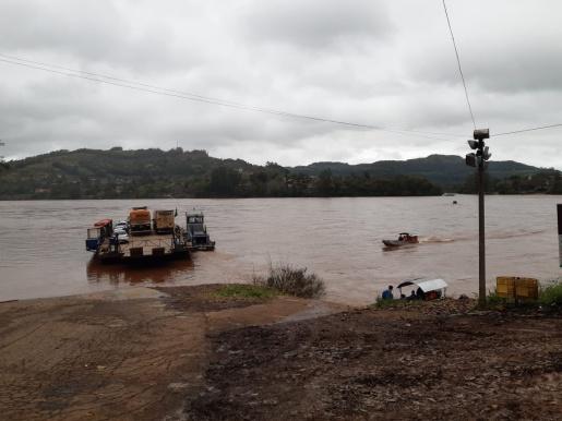 Rio Uruguai atinge 4 metros acima do nível normal
