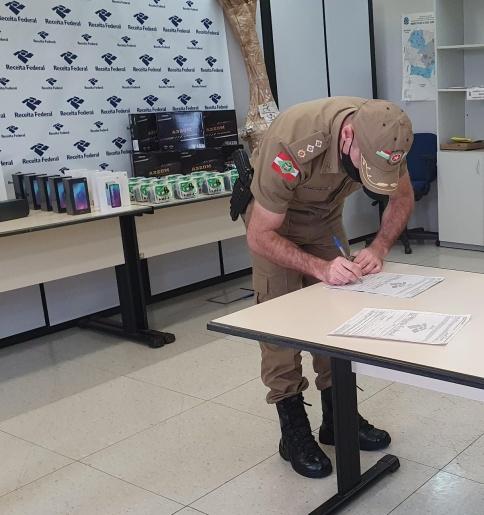 Receita Federal realiza doação de equipamentos para a Polícia Militar Ambiental