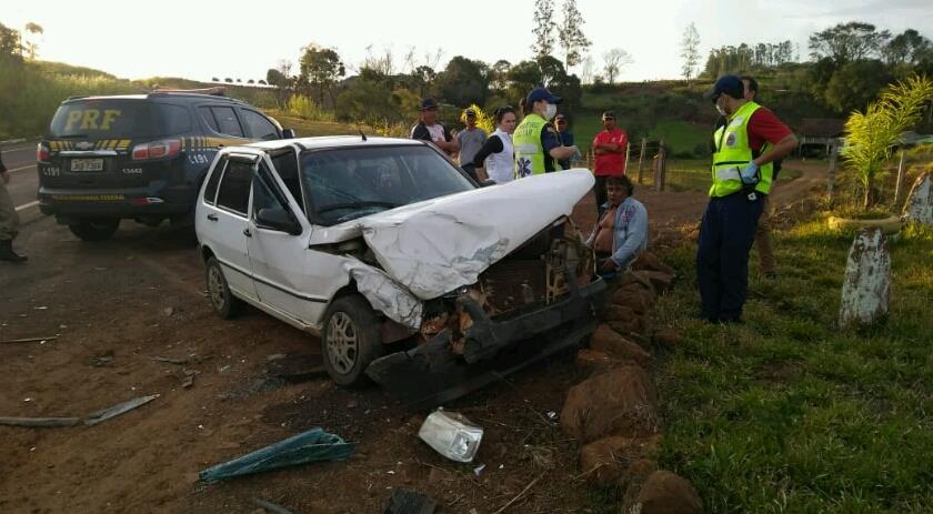 Acidente deixa duas pessoas feridas na BR-282 em Paraíso