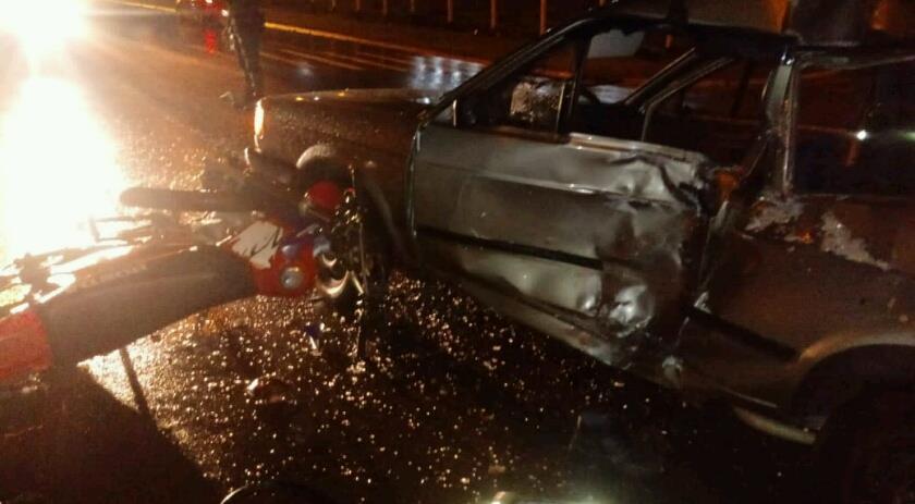 Colisão na Willy Barth deixa duas pessoas gravemente feridas
