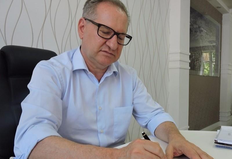 Prefeito sanciona projeto de lei do rotativo com emendas dos vereadores