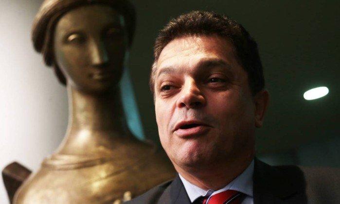 STF determina que Polícia Federal prenda João Rodrigues